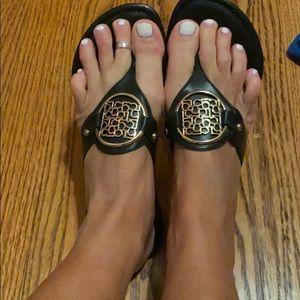 Liz Claiborne flip flops BEAUTIFUL!!!!! Size 7